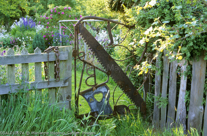 Gate, salvage, tools