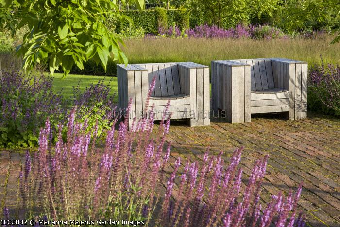 Chairs by Piet Hein Eek, Molinia caerulea, Salvia nemorosa 'Amethyst'