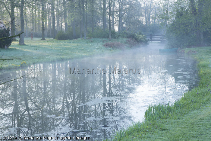 Mist over river, view to bridge, reflections