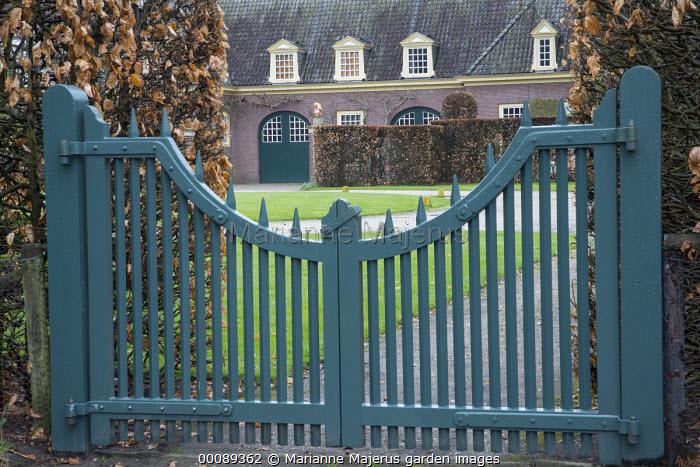 Double green gates