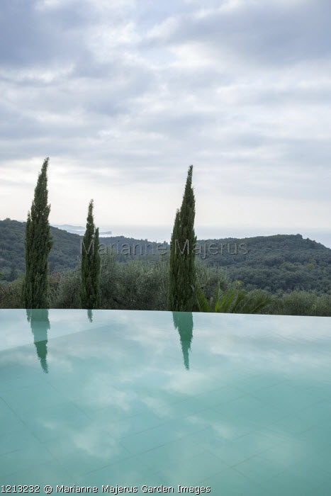 Infinity pool, view to sea
