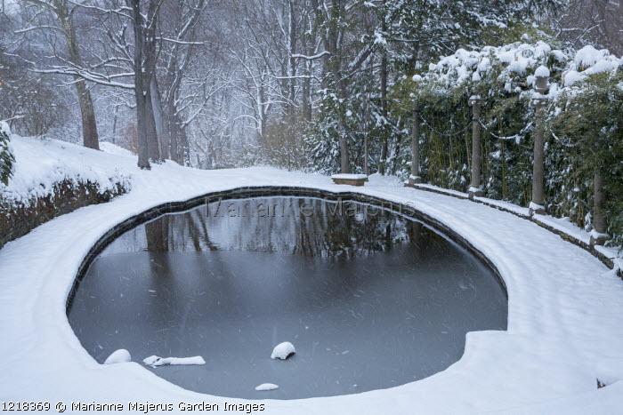 Lovers' Lane pool