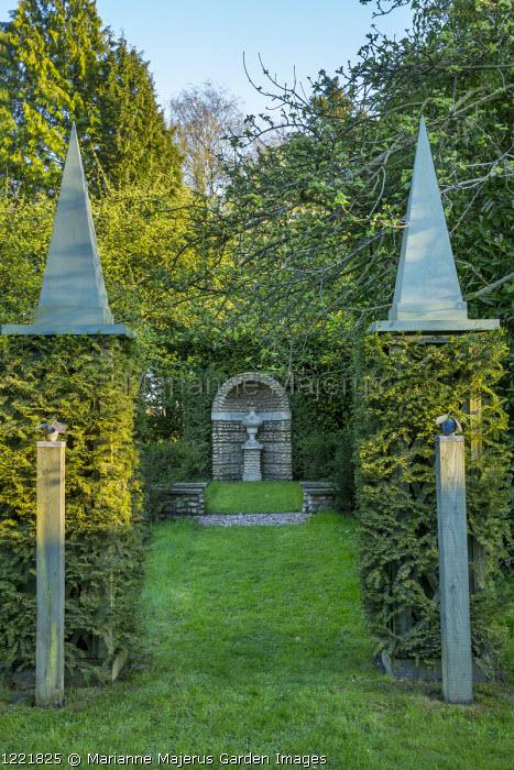 View to urn in berceau, obelisks