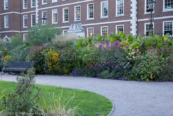 Inner Temple gardens, gravel path, bench