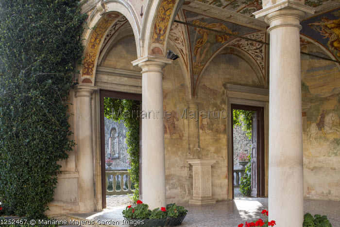 Portico with fresco wall paintings by the Campi brothers