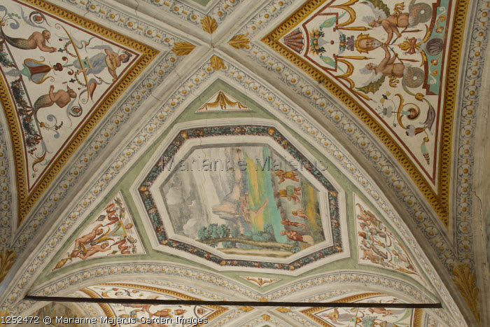 Ceiling painted with frescoes by Giulio, Antonio and Vincenzo Campi of Cremona