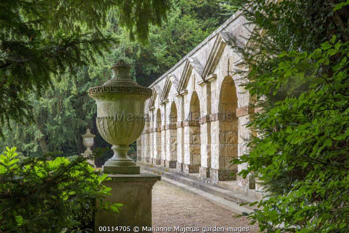 Praeneste Terrace, stone urn