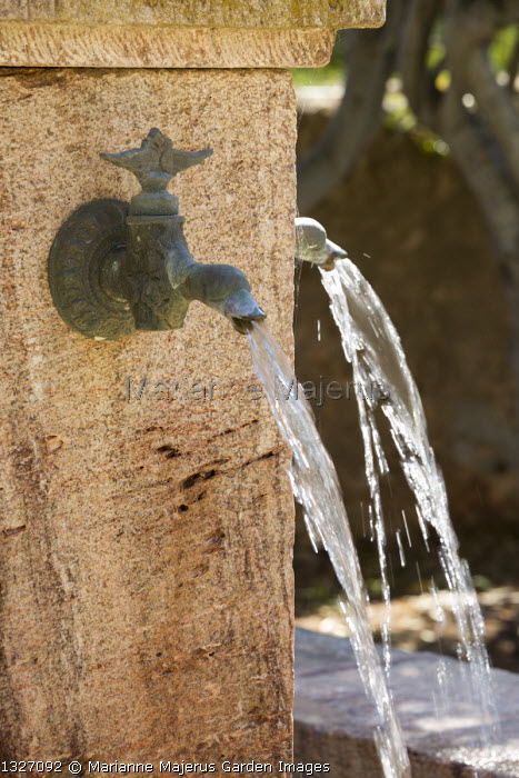 Tap fountains