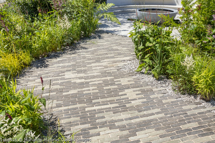 Black and grey paving