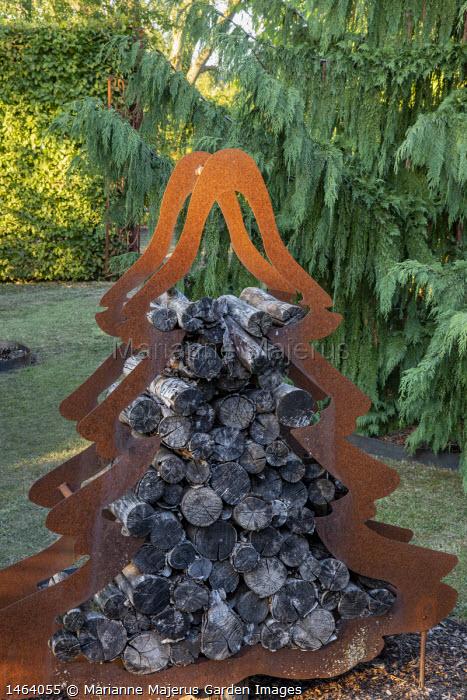 Cor-Ten steel Christmas tree log storage