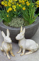 Cast-iron rabbits