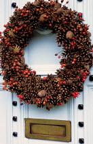 Wreath, berries, pine cones