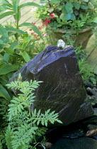 Bubbling slate rock fountain
