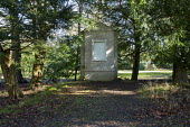 Brick cenotaph