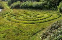Turf spiral maze