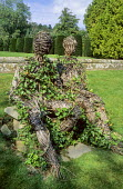 Woven willow sculpture by Simon Gerhold